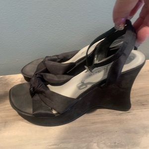 Fioni black wedge heels size 10